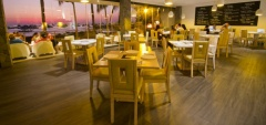 Golden Bay Galapagos Hotel - Restaurant