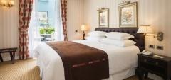 Hotel Le Reve - Bedroom